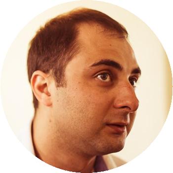 Демис Карибидис (резидент и участник Comedy Club)